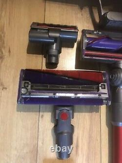 Dyson Cyclone V10 Total Clean Cordless Selling As Going To An Upright