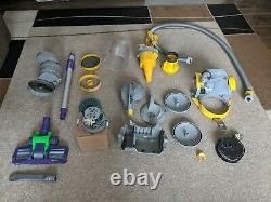 Dyson DC05 Vacuum Cleaner (New Motor)