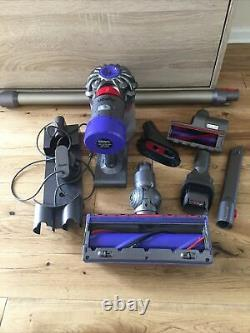 Dyson V8 Animal Cordless Vacuum Cleaner. Perfect Working