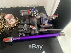 Dyson v7 total clean Hoover Cordless Vacuum Cleaner