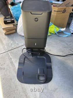 IRobot Clean Base for the i7 Roomba Automatic Dirt Disposal Model # ADE-N1