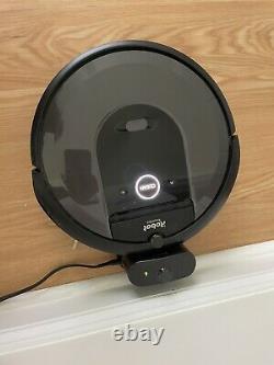 IRobot Roomba i7 (7150) Robot Vacuum, As-Is for parts or repair Error 6