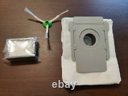 IRobot Roomba i7+ 7550 Robotic Vacuum Cleaner with clean base and spare parts