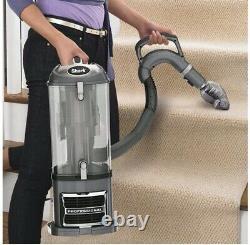 SHARK Professional Navigator Lift-Away UV550 Upright Vacuum