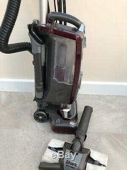 SHARK Rotator Lift Away Upright Vacuum Cleaner Model NV680UKT