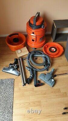 Vas 6131 multivax, carpet cleaner (used twice)